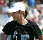 Katarina Srebotnik won haar eerste Australische Open Mixed Doubleskroon. Ze was een partner van Daniel Nestor.