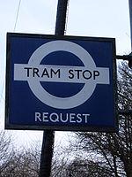 Een London Transport Tram Stopbord bij Wakebridge