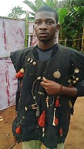 Kriegsjagdtruppe im Land der Yoruba