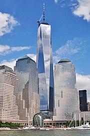 Herbouw van een wereldhandelscentrum dat in juli 2013 wordt voltooid