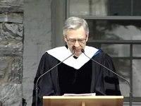 Media afspelen Rogers geeft een afstudeertoespraak op Middlebury College in 2001.