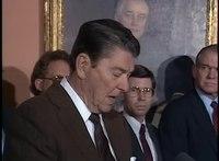 Přehrávání médií Reaganův výrok o zákonu o reformě a kontrole přistěhovalectví, listopad 1986