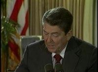 Přehrávání médií Reaganova reakce na první verzi zákona proti apartheidu, říjen 1985