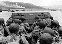Geallieerde troepen arriveren in Normandië, Frankrijk, op D-Day...