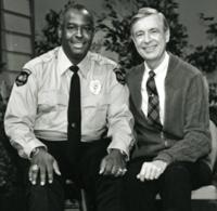 Rogers met Officier Clemmons, 1986