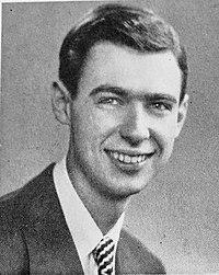 Rogers tijdens zijn middelbare schooljaren in 1946