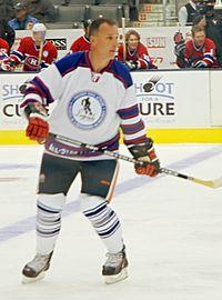 Paul Coffey, empossado em 2004.