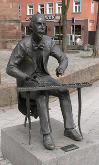 Standbeeld van von Henselt in zijn geboortestad Schwabach