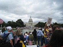 Tea Party demonstranten vullen het West Lawn van het Amerikaanse Capitool en de National Mall op 12 september 2009.