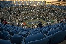 Fans in het Arthur Ashe stadion voor een wedstrijd.