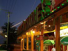 Carlos'n Charlie's, waar Holloway het laatst gezien is, in Oranjestad, Aruba