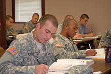 Studenten bij de US Army Preparatory