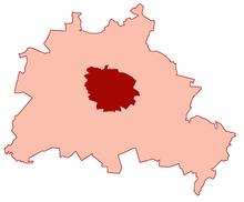 Η πόλη του Βερολίνου πριν από το 1920 (σκούρο κόκκινο) και το ευρύτερο Βερολίνο μετά το 1920 (ανοιχτό κόκκινο)