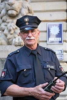 Hoofdcommissaris van de Hamburgse politie in opdracht van het stadhuis van Hamburg.