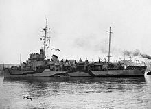 HMS Lawford, een van de verschillende Captain klasse fregatten die zijn omgebouwd om te fungeren als een hoofdkwartier schip voor de Normandische landingen.