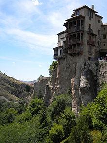Hangende huizen uit de 15e eeuw in Cuenca, Spanje