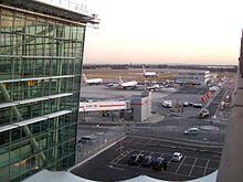 Terminal 5 op London Heathrow Airport, Verenigd Koninkrijk. Dit is de drukste luchthaven voor internationale passagiers.