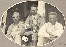 Van links: Minister Josiah Thomas, Sir Walter Barttelot en administrateur John Gilruth in 1912.