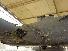 Deze A-10 heeft zwaar luchtafweergeschut te verduren gehad tijdens de oorlog in Irak, maar de piloot kon toch nog terugkeren naar de basis.