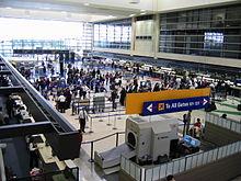 De Tom Bradley International Terminal van Los Angeles International Airport, die de meeste herkomst- en bestemmingsvluchten (O&D) ter wereld afhandelt.