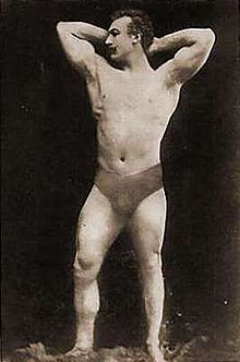 Launceston Elliot, winnaar van het eenarmige gewichtheffen, was populair bij het Griekse publiek, dat hem erg knap vond.