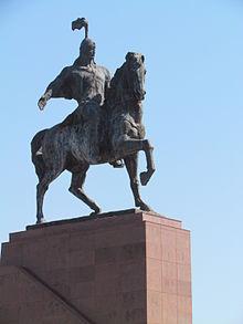Eine Statue des Manas-Epos in Bischkek Kirgisistan.