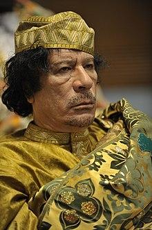 Muammar Kaddafi był przywódcą Libii, który zmarł w 2011 roku. Po jego śmierci Libia boryka się z konfliktami