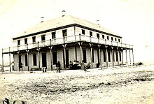 Hotel Edwards, in New Ulysses, na de verplaatsing van de stad in 1909