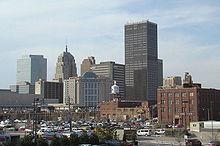 Oklahoma City is de hoofdstad van de staat en de grootste stad naar bevolking en oppervlakte.