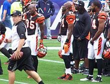 Chad Ochocinco en Terrell Owens voor een wedstrijd tegen de New England Patriots op 12 september 2010.