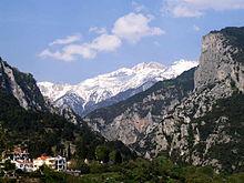 Uitzicht op de berg Olympus vanuit het dorp Litochoro.