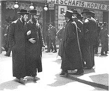Orthodoxe Juden im Jahr 1915