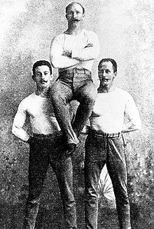 De Duitse individuele gymnastiekkampioenen: Schuhmann, Flatow en Weingärtner