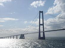 Большое фиксированное соединение поясов - самый большой мост в Дании.