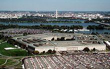 Het Pentagon in 1998, dat beschadigd werd nadat American Airlines Flight 77 er op neergestort was.