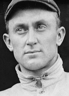 Ty Cobb won de eerste American League Chalmers Award in 1911 en stond in het middelpunt van de controverse over de prijs van het vorige seizoen.