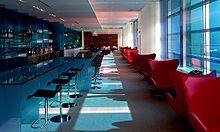 Klubokawiarnia Virgin na lotnisku w San Francisco, używana przez pasażerów klasy wyższej