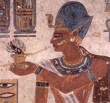 Ramses III bouwde watertuinen, en lijkt hier een lotusbloesem te houden.