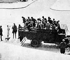 Poolse burgers die naar Duitsland zouden worden gestuurd voor dwangarbeid.