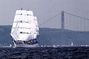Ein Square Rigger während der Segelparade am 4. Juli 1976 (Zweihundertjahrfeier der USA)