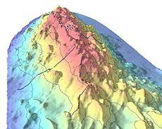 Badymetrie die een deel van Davidson Seamount laat zien. De stippen geven significante koraalkwekerijen aan.
