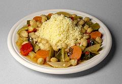 Couscous met groenten en kikkererwten