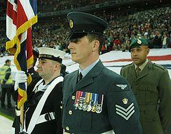 Leden van de Britse strijdkrachten van de Royal Navy, Royal Air Force en Royal Marines