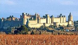 Carcassonne is een oude stad in Frankrijk.