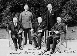 De regeringsleiders van vijf leden van het Gemenebest van Naties op de Conferentie van Eerste Ministers van het Gemenebest in 1944.