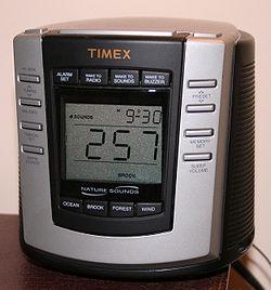 Een voorbeeld van een gebruikersinterface met knoppen en een eenvoudig LCD-display.