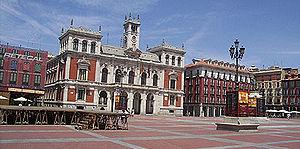 Plaza Mayor w Valladolid, Hiszpania, typowy hiszpański plac