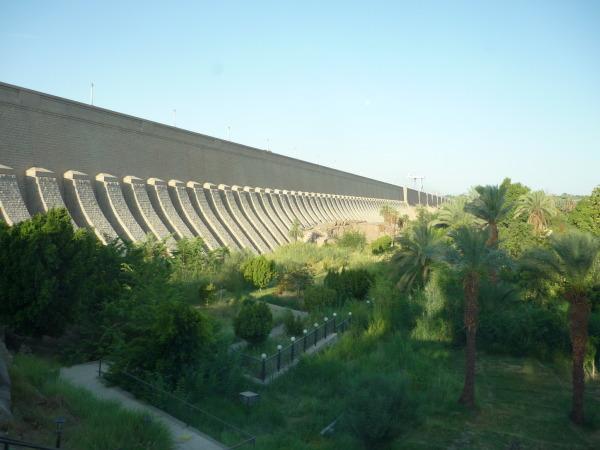 Barajul scăzut Aswan
