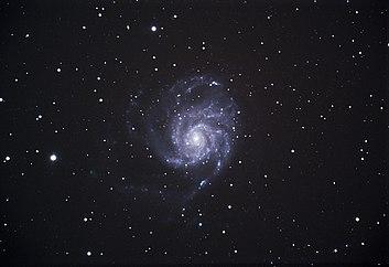 Het Pinwheel-melkwegstelsel is een spiraalvormig sterrenstelsel