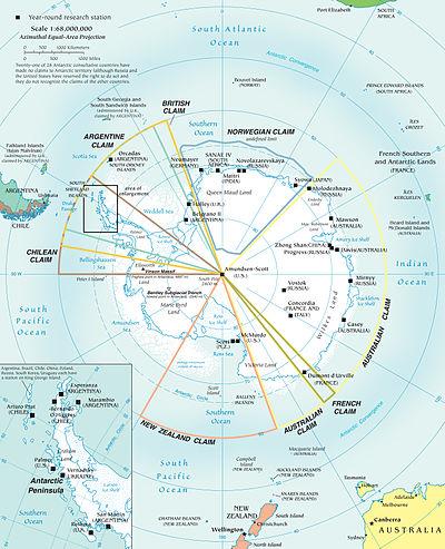 Kaart van Antarctica; Marie Byrd Land is het niet-opgeëiste gedeelte in de linkerbenedenhoek tussen de Nieuw-Zeelandse en Chileense claims.